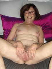 More erotic photos of mature slits