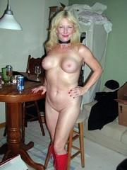 Very best amateur mature ladies posing..