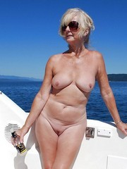 The best nude american wives and..
