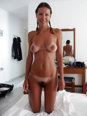 Very sexy girlfriends show their naked..