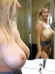 Busty babes in search of her lover go out